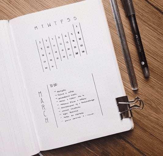 Simple Calendar and To Do List