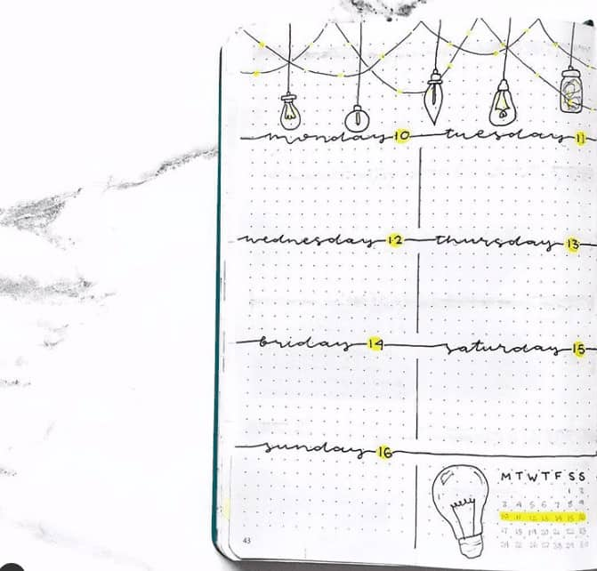 Light bulb themed weekly spread with snap shot of month