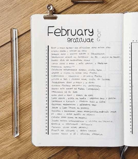 gratitude log in minimalist bullet journal